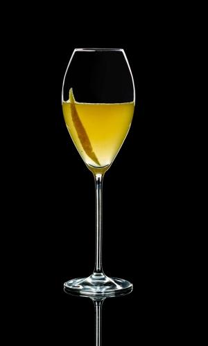 Gin Cocktail mit Champagner